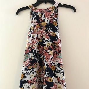 Beautiful floral sleeveless blouse